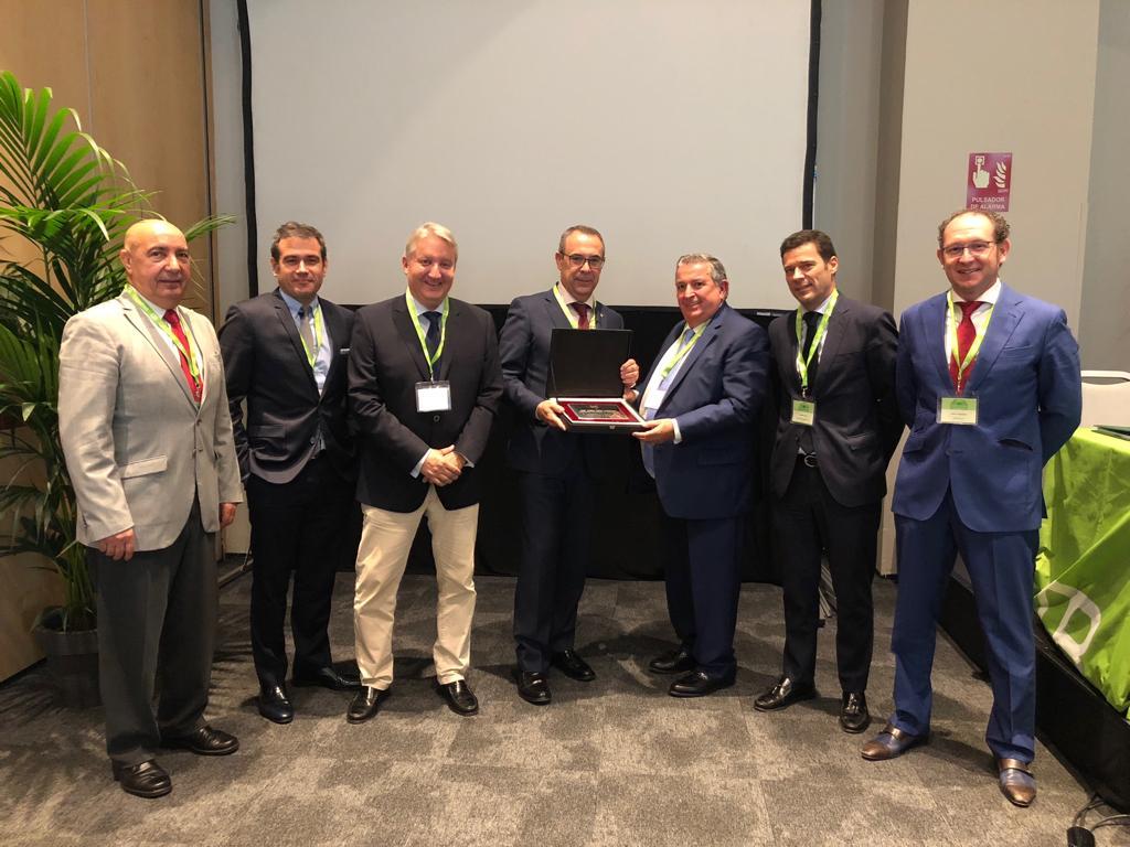 Centerbrok reconoce la labor de José María López Torrijos al frente del grupo durante su etapa como presidente